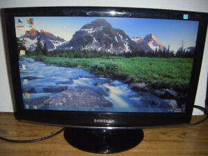 19 inch Samsung lcd flatscreen monitor