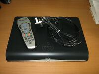 SKY PLUS + HD 3D READY BOX WIFI - 500GB - SKY AMSTRAD DRX890C EX. COND + REMOTE + CABLES BARGAIN £25