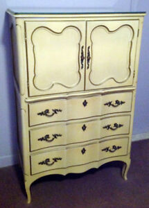 Rare Mid Century Vintage Country French Provincial Bedroom Set