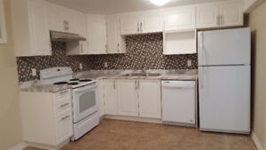 All included New room in 3bed house near IKEA,bus stop,Algonquin