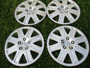 CAP DE ROUES 16'' WHEEL COVERS TOYOTA MATRIX ORIGINAL TOYOTA