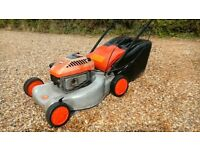 FLYMO BRIGGS & STRATTON QUICKSILVER PETROL SELF PROPELLED MOWER WITH