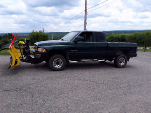 1999 Dodge Power Ram 2500 Fourgonnette, fourgon