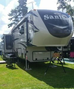2015 40 ft Sanibel 3600 5th wheel trailer