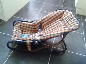 Chicco Baby rocker seat 0-9mths - different seat positions/carry handles