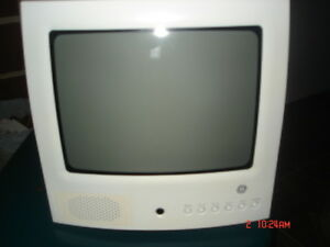 General Electric 10 Inch Portable TV