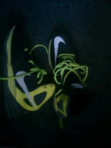 Nike basketball shoes size 8