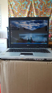 "Acer 15.4"" Aspire Laptop- working condition"