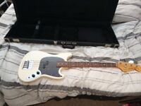 Japenese 2006 Fender Mustang Bass and Hardcase