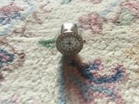 Bozhi quartz ring watch