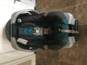 Grace car seat with base