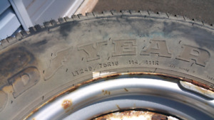 LT 245 75 16 D rated Tire and rim