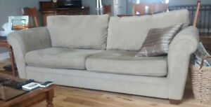 COUCH & LOVE SEAT