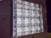 Light Units 600x600