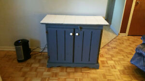 Petit meuble de rangement Vends ou Échange Faite vos offres