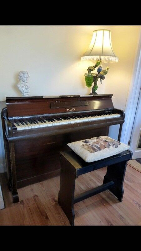 Mini Minx Pianoin good working orderin Blackley, ManchesterGumtree - Collection only. Will require a van/ large vehicle.Also could do with a retune