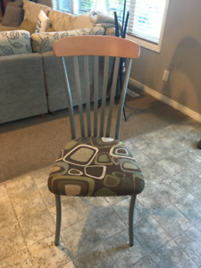 Dining Room/Kitchen Chairs   GREAT CONDITION!