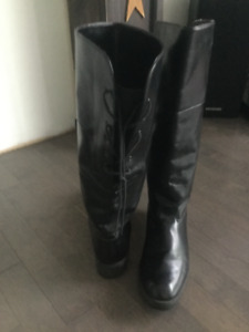 All leather boots