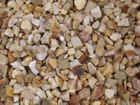 St. Andrews Quartz garden and driveway chips/stones