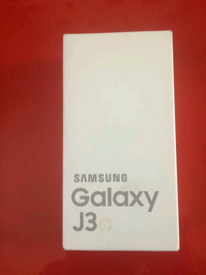 Samsung Galaxy J3 2016 brand new unlocked to any network with gerti 12-month brand new