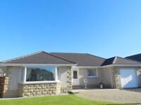 Detached Bungalow Peterhead 3 Bedrooms 2 Bath 1 WC Garage runway front back enclosed Garden