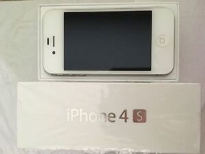 Mint condition iPhone 4s locked to Virgin/bell