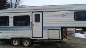 26 ft dutchman fifth wheel