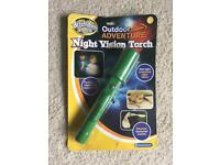 Night vision torch toy