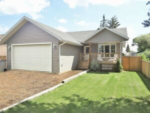 PRICE & QUALITY of this 3 yr old LASHBURN HOME CAN'T BE BEAT