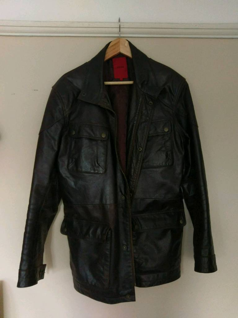 Dark brown leather jacket Medium like newin Oxford, OxfordshireGumtree - Nice leather jacket by John.Dark brown colour with two internal pockets, one with zipper. And 4 external pockets with poppers.Only worn a few times.Non smoker