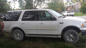 2001 Ford Expedition XLT SUV, Crossover