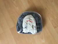 Head support prom/car seat Cuddle soft Diono as new