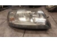 2006 SEAT ALHUMBRA DRIVER OFF SIDE HEAD LIGHT COMPLETE