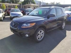 2011 Hyundai Santa Fe GL Sport-LOADED LUXURY AWD