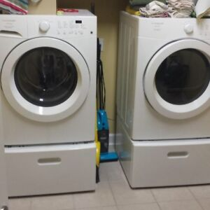 Fridgidaire Affinity Front load washer and dryer with pedestals