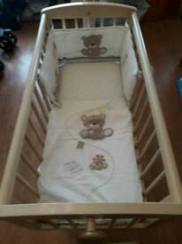 Baby cot 0-6 months