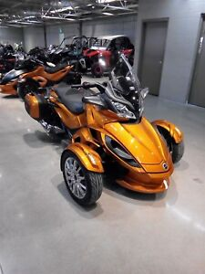 2014 Can-Am Spyder ST Limited -
