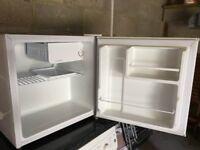 Table top fridge, suitable for a Uni room