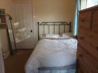 Double bed to let in a shared 4 bedrooms house