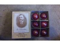 Cricket balls (New)