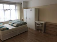 Nice double room to rent in Walthamstow, all bills included, free wifi (3)
