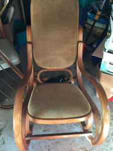 Beautiful Old Fashioned Rocking Chair
