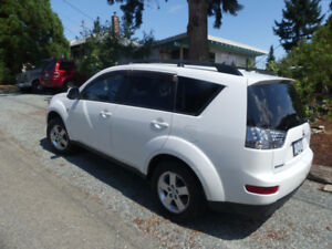2008 Mitsubishi Outlander 4WD SUV, One owner
