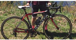 Kuota full carbon shimano 105 2016 1200$road bike vélo de route