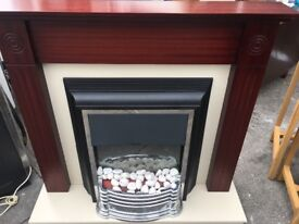 ELECTRIC FIRE WITH FULL SURROUND VERY NICE CONDITION