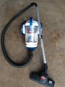 Bissell 23A7F Vacuum Cleaner ( Used Only few times)
