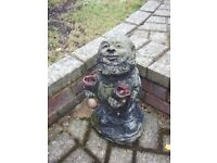 TRADITIONAL OLD STONE/COMPOSITION GARDEN GNOME WITH TWO SMALL SACKS GARDEN ORNAMENT