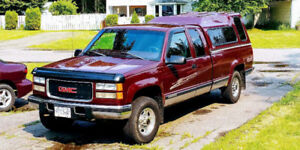 1998 GMC Sierra 2500 Red Pickup Truck
