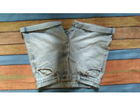 Levis vintage distressed jean shorts sz30 waist high waisted best fit women sz 8