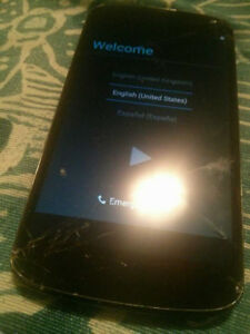 Cracked Unlocked LG Nexus 4